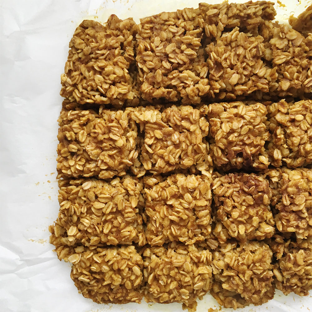 pumpkin-turmeric-oat-bake